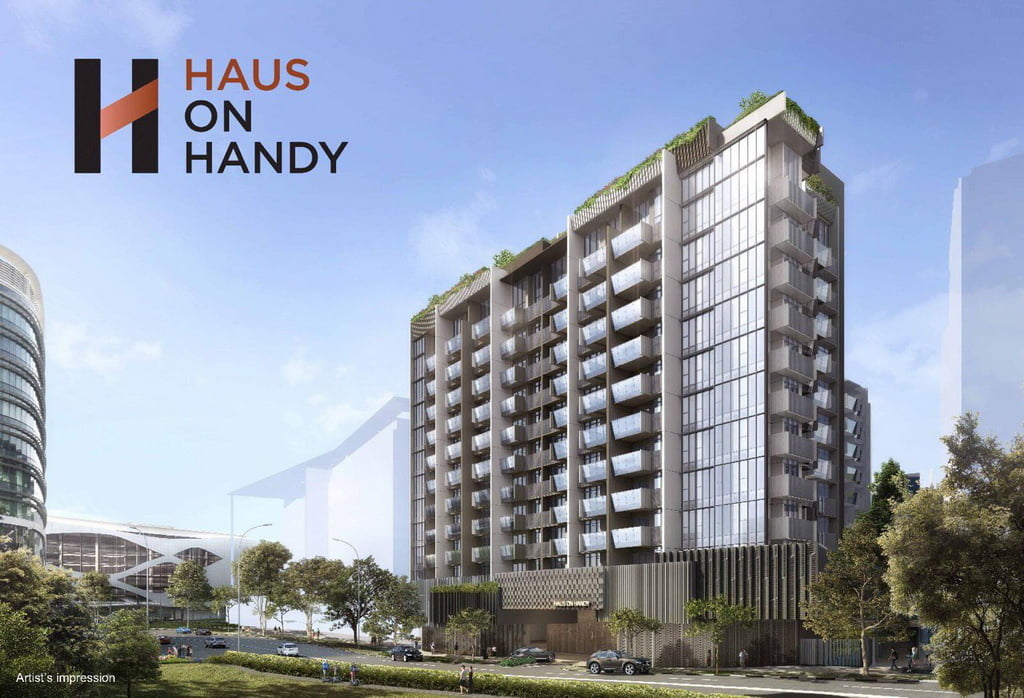 huas-on-handy-perspective-wlogo
